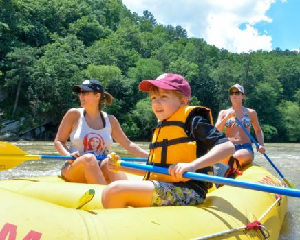 Family on a Chattahoochee River Raft Rentals - Roswell trip