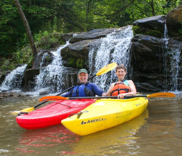 Two kayakers on the Guided Fontana Lake Tour trip