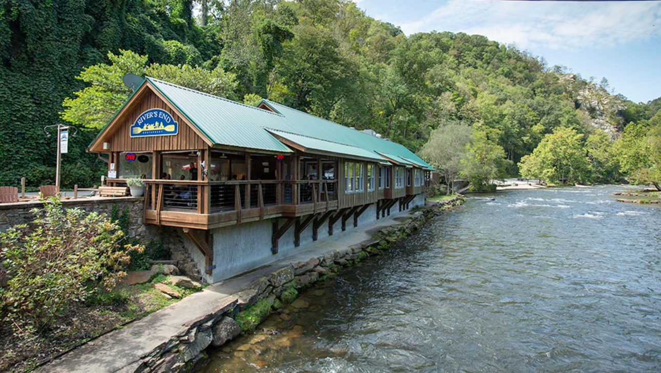 River's End Restaurant exterior