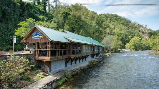 River's End Restaurant exterior