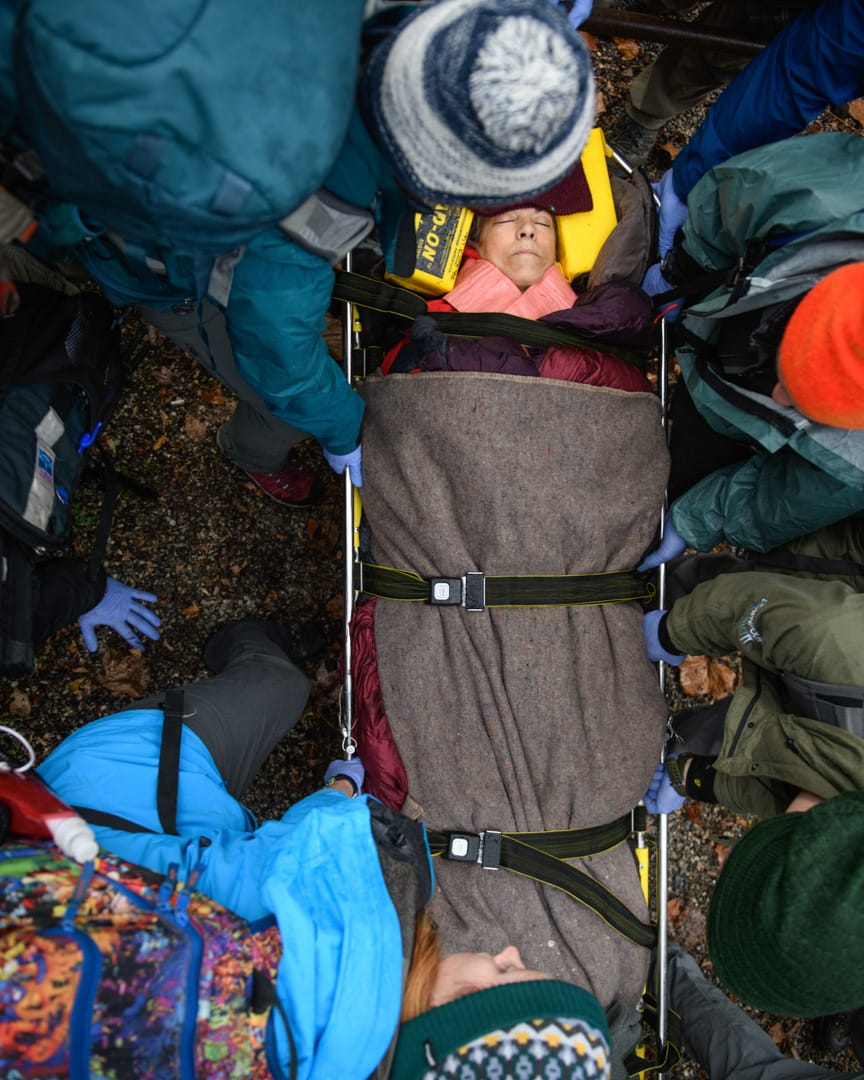 Carrying a person in a stretcher while on the Wilderness Medicine (SOLO Southeast) course