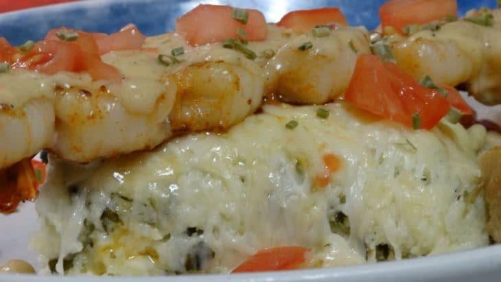 Shrimp 'n Grits - Everett Street Diner